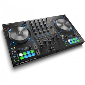 Controlador DJ 4 Canales Native Instruments Traktor Kontrol S3 angle