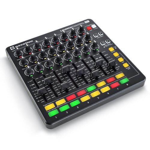 Superficie de Control MIDI USB Novation Launch Control XL MK2 angle