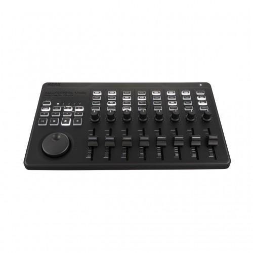 Superfície de Control MIDI USB/Bluetooth Korg nanoKONTROL Studio angle