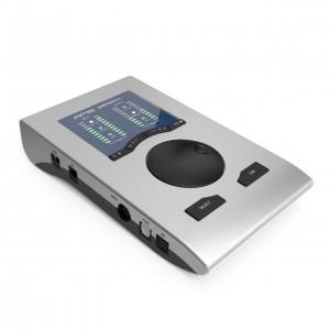 Interface Audio por USB RME Babyface Pro angle