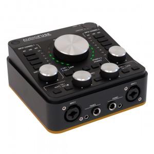 Interface Audio por USB Arturia AudioFuse Rev2 angle