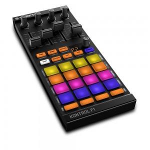 Controlador de Software DJ Native Instruments Traktor Kontrol F1 angle