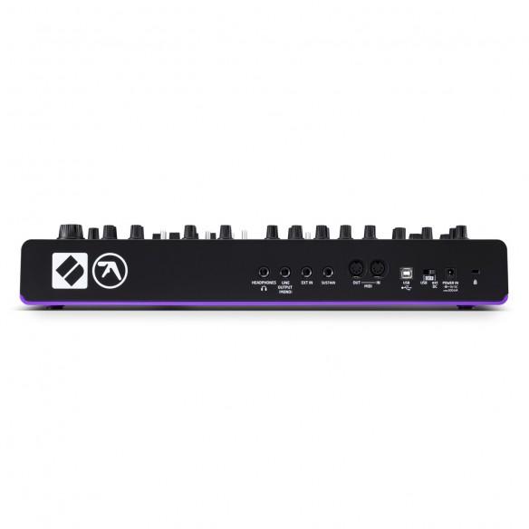 Sintetizador con Teclado Novation AFX Station rear
