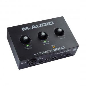Interface Audio por USB M-Audio M-Track Solo angle