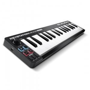 Teclado Controlador MIDI USB 32 Teclas M-Audio Keystation Mini 32 MK3 angle